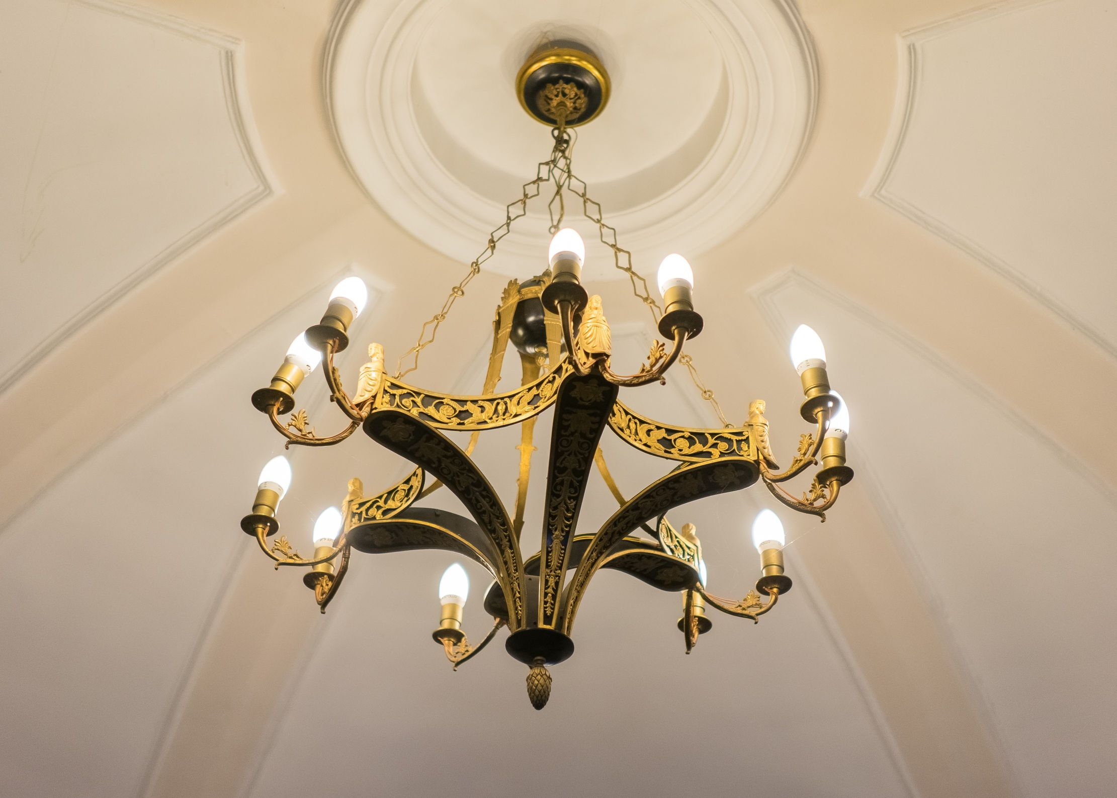 Chandelier, 1800–1849, Archdiocese of Vilnius. Photo by Povilas Jarmala, 2017