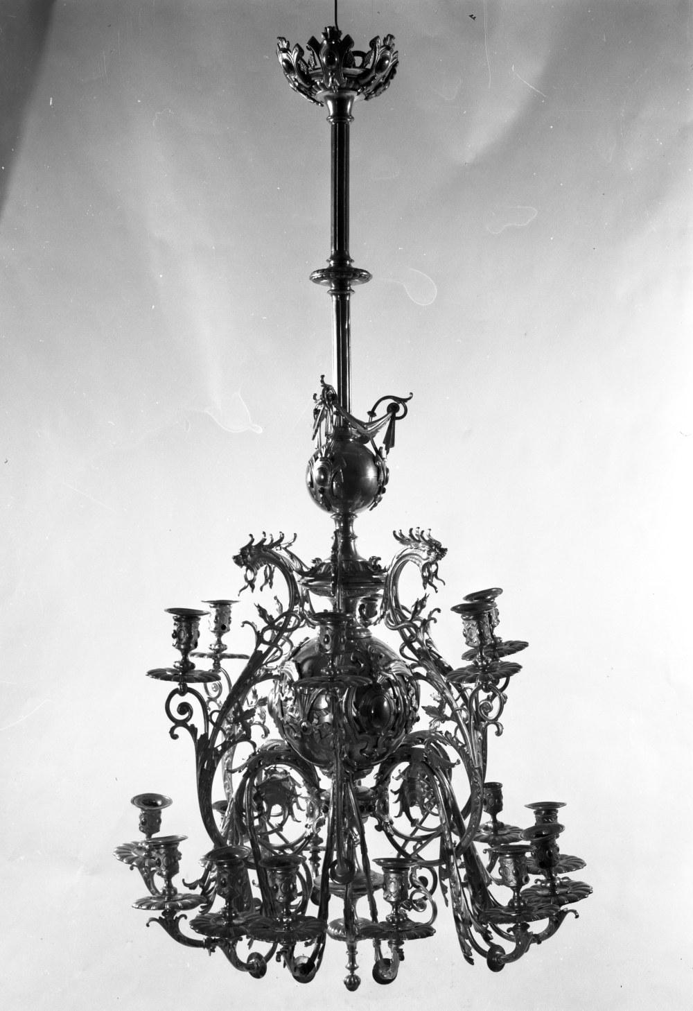 Chandelier, 1887–1911, National Museum of Lithuania, IM-5102. Photo by Vytautas Bortkevičius, 1980
