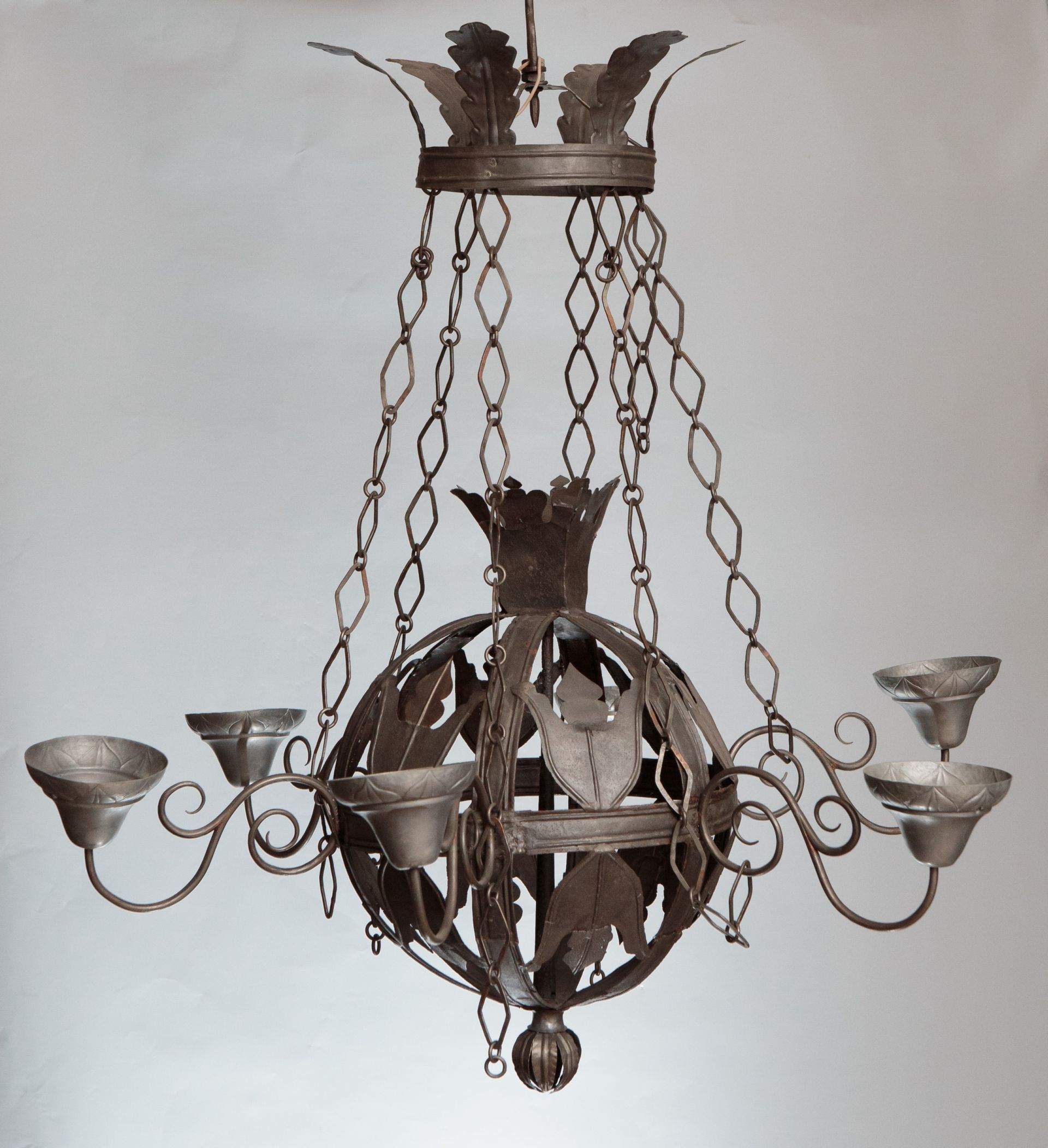 Chandelier, 1600–1650, Lithuanian National Museum of Art, TM-522. Photo by Tomas Kapočius, 2017