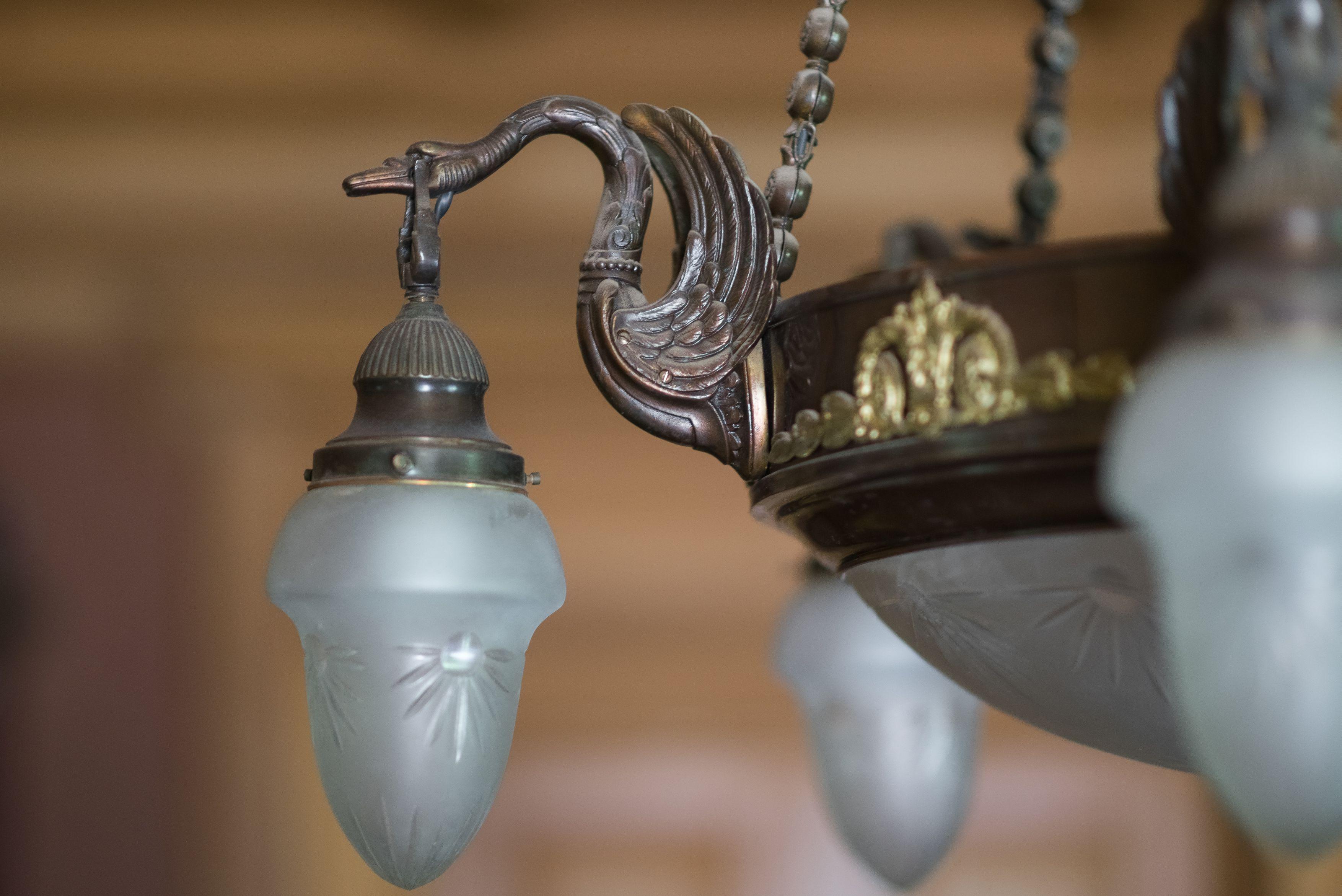 Fragment of chandelier, 1900–1906, P. Vileišis Palace. Photo by Povilas Jarmala, 2017