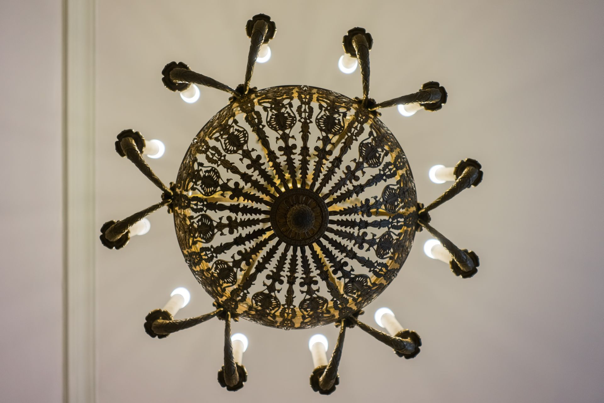 Chandelier, 1800–1829, Archdiocese of Vilnius. Photo by Povilas Jarmala, 2017