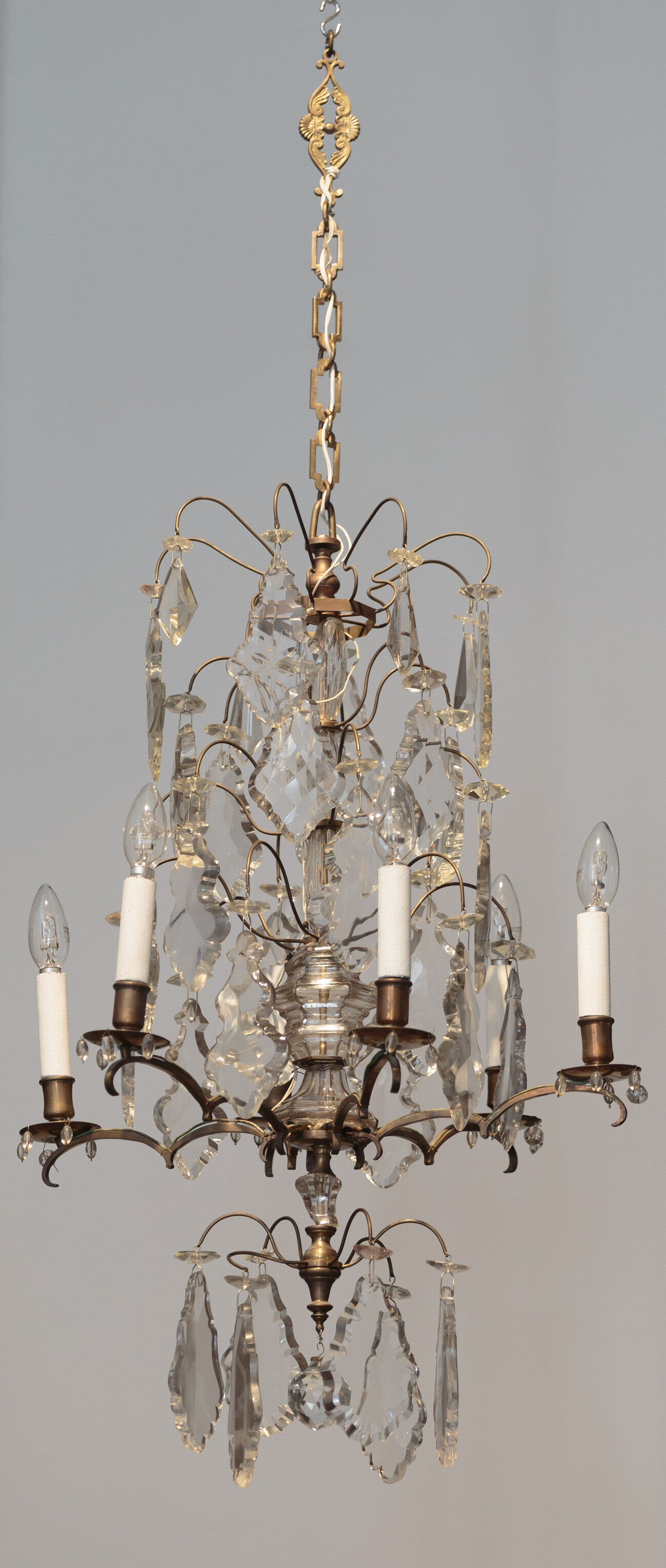 Chandelier, 1887–1911, Lithuanian National Museum of Art, TM-840. Photo by Tomas Kapočius, 2017
