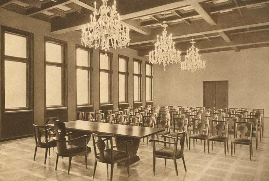 Chandeliers in the Great Hall of the Chamber of Commerce, Industry, and Crafts, circa 1939. Reproduced from: the Chamber of Commerce, Industry, and Crafts: album, Kaunas, 1938.
