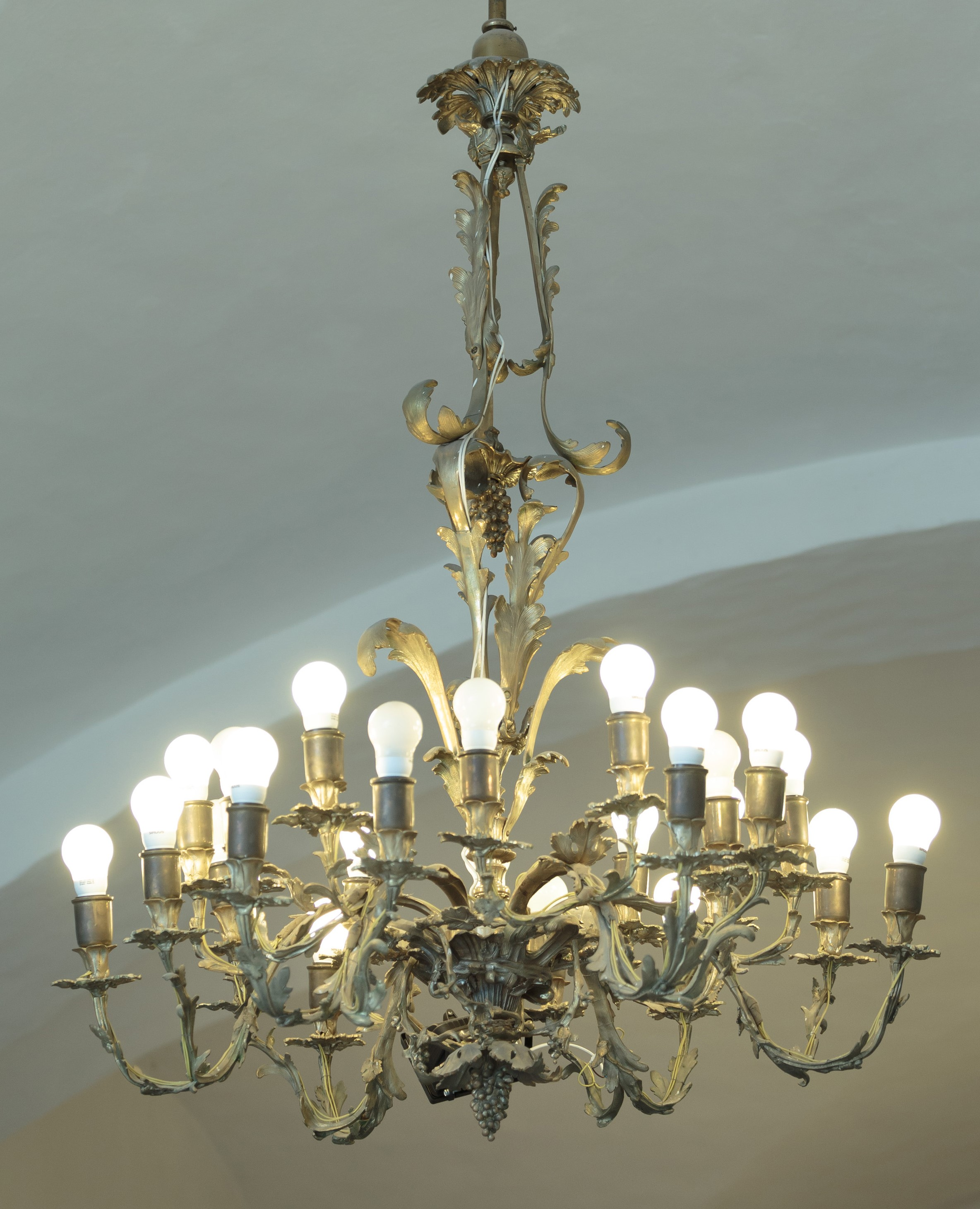 Chandelier, 1750–1774, National Museum of Lithuania, IM-4620. Photo by Tomas Kapočius, 2017