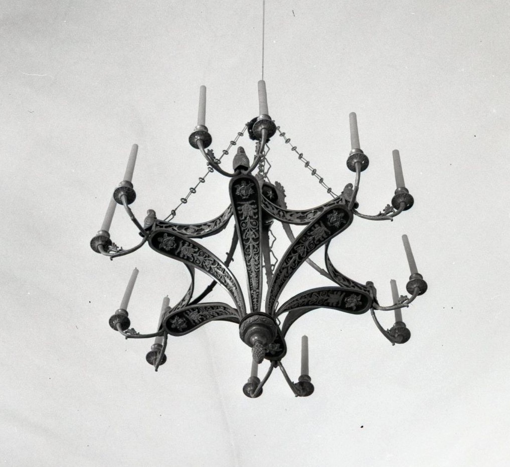 Chandelier at the Vilnius Town Hall, photo by Jonas Šaparauskas, 1973, in: Library of Cultural Heritage Centre, f. 41, ap.1, Nr. 1542